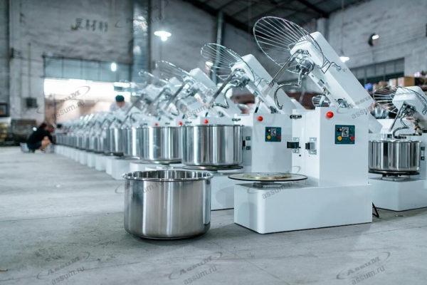 Тестомесильная машина промышленная